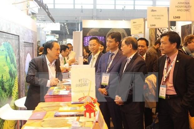 Participa Vietnam en Feria Internacional de Turismo en Francia hinh anh 1