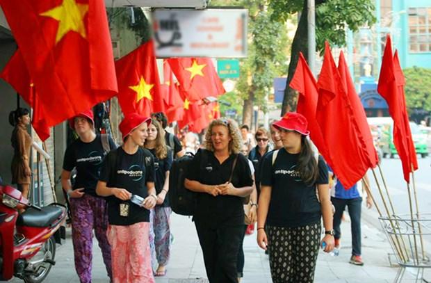 Hanoi recibio a 321 mil turistas extranjeros en septiembre hinh anh 1