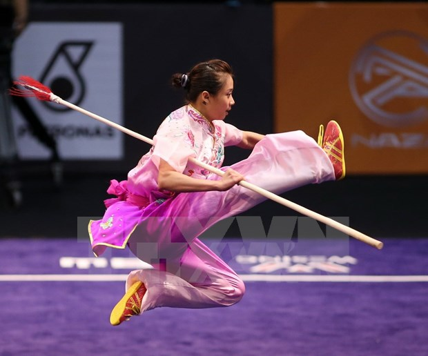 Wushuista Duong Thuy Vi gana primera presea dorada para Vietnam en Campeonato Internacional hinh anh 1
