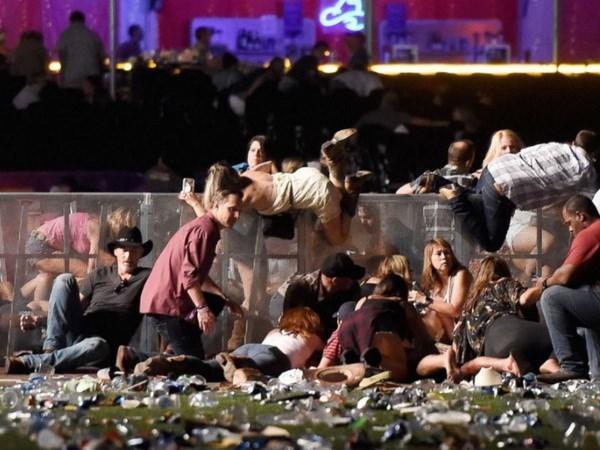 Reportan baja probabilidad de victimas vietnamitas en tiroteo en Las Vegas hinh anh 1