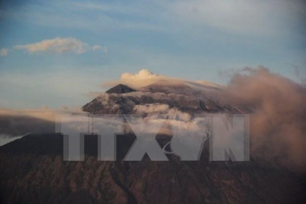 Erupcion del volcan Agung afecta al turismo en Bali hinh anh 1