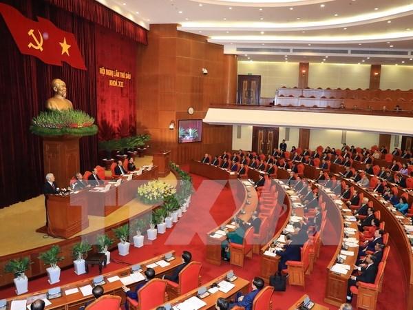 Comite Central de PCV concluye cuarta jornada de sexto pleno hinh anh 1