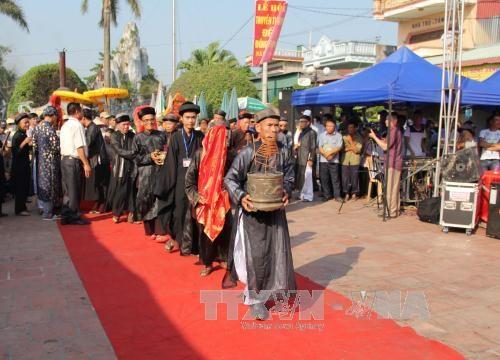 Reconocen fiesta del templo Dong Bang como patrimonio cultural intangible de Vietnam hinh anh 1