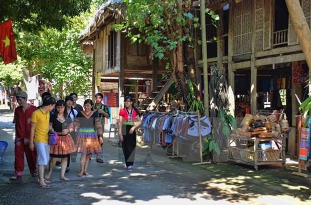 Festival ayuda a promover turismo en region noroeste de Vietnam hinh anh 1