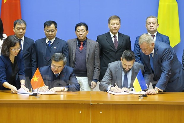 Efectuan reunion 14 de Comision Intergubernamental Vietnam- Ucrania hinh anh 1