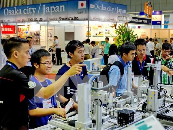 Inauguran en Vietnam exposiciones internacionales sobre maquinarias e industria auxiliares hinh anh 1