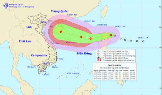 Tifon Khanun amenaza a un Vietnam aun convaleciente de graves inundaciones hinh anh 1