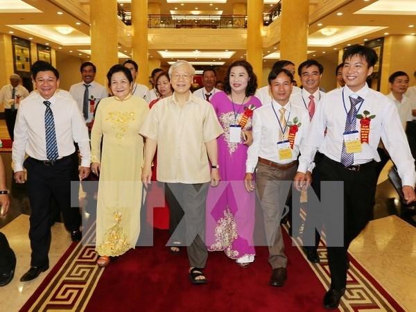 Exaltan contribuciones de agricultores vietnamitas a la renovacion nacional hinh anh 1