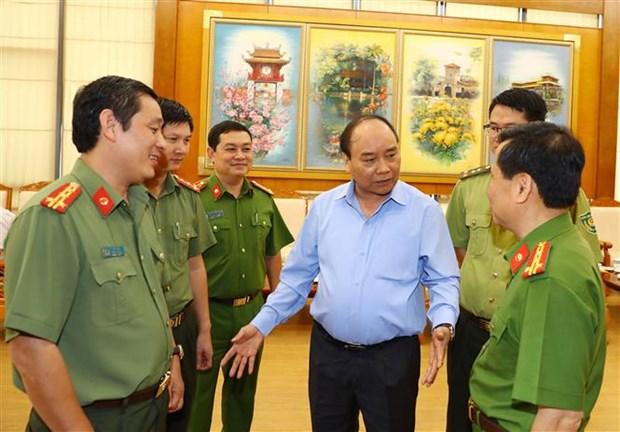 Premier de Vietnam pide fortalecer gestion de recursos forestales hinh anh 1