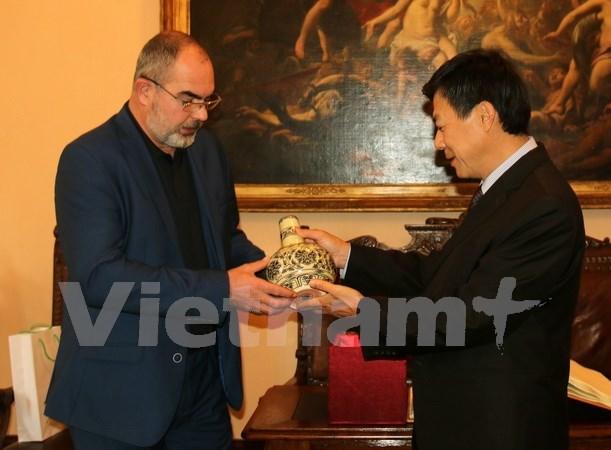 Vietnam y Republica Checa estudian oportunidades de cooperacion economica hinh anh 1
