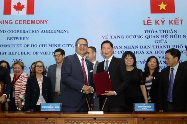 Ciudad Ho Chi Minh y Toronto acuerdan intensificar cooperacion hinh anh 1