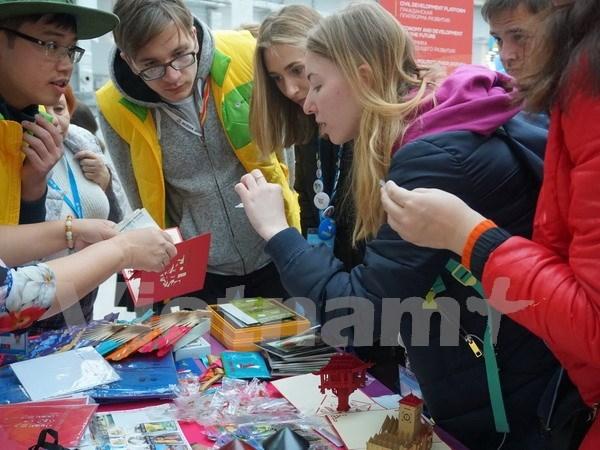 Inauguran exhibicion sobre Vietnam en XIX Festival Mundial de Juventud y Estudiantes en Rusia hinh anh 1