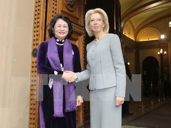 Vietnam y Letonia ratifican esfuerzos por impulsar lazos en sectores potenciales hinh anh 1
