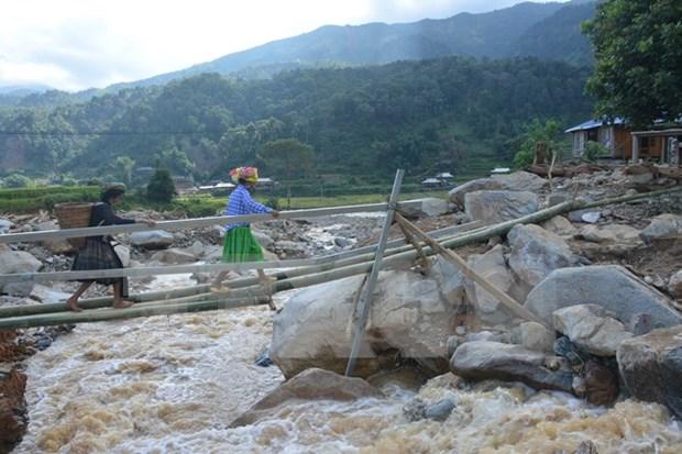 Provincias vietnamitas realizan actividades de apoyo a pobladores tras inundaciones hinh anh 1