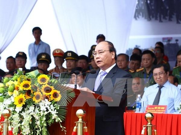 Premier vietnamita supervisa maniobra antiterrorista por Semana de APEC hinh anh 1