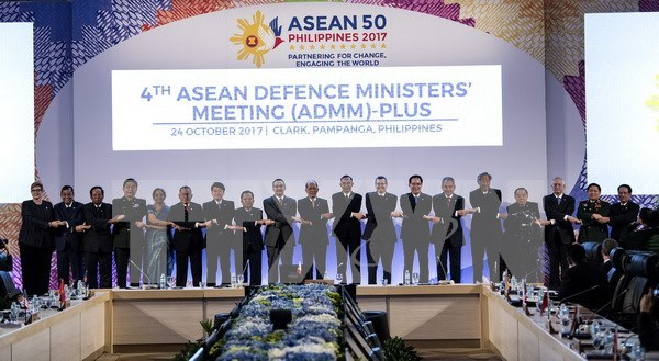 Vietnam llama a fortalecer confianza estrategica en asuntos de seguridad en ASEAN hinh anh 1