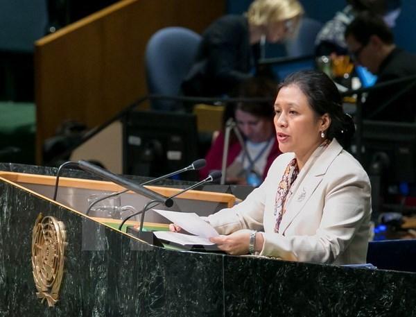 Impulsan complementacion entre Vision de Comunidad ASEAN 2025 con Agenda 2030 de ONU hinh anh 1