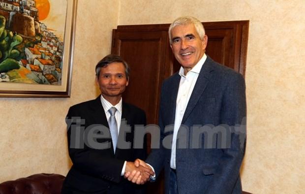 Vietnam e Italia fomentan cooperacion en supervision financiera hinh anh 1