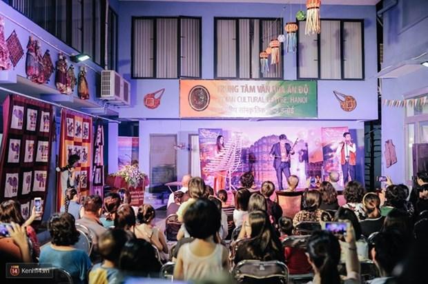 Festival indio Diwali ilumina Hanoi hinh anh 1