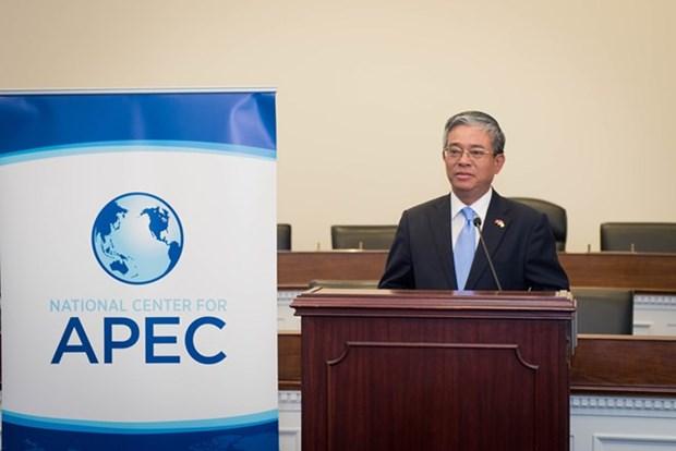 Embajador vietnamita aplaude la participacion de Donald Trump en APEC hinh anh 1