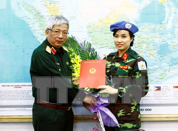 Vietnam envia primera oficial femenina a misiones de paz de ONU hinh anh 1