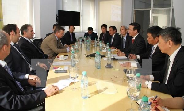 Vietnam y Argentina fortalecen nexos multifaceticos hinh anh 1