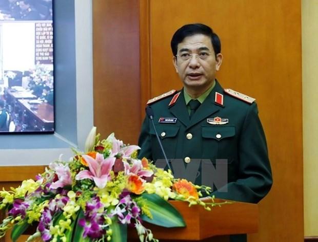 Viceministro de Defensa de Vietnam recibe a jefe de fuerza aerea india hinh anh 1
