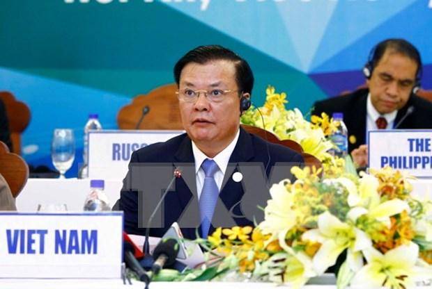 Ministro vietnamita enfatiza necesidad de financiamientos sociales para infraestructuras en APEC hinh anh 1