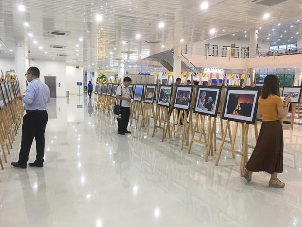 APEC 2017: Exposicion fotografica divulga imagen de Vietnam hinh anh 1