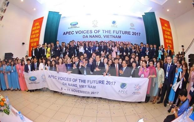 Delegacion de jovenes del APEC visita provincia de Quang Nam hinh anh 1
