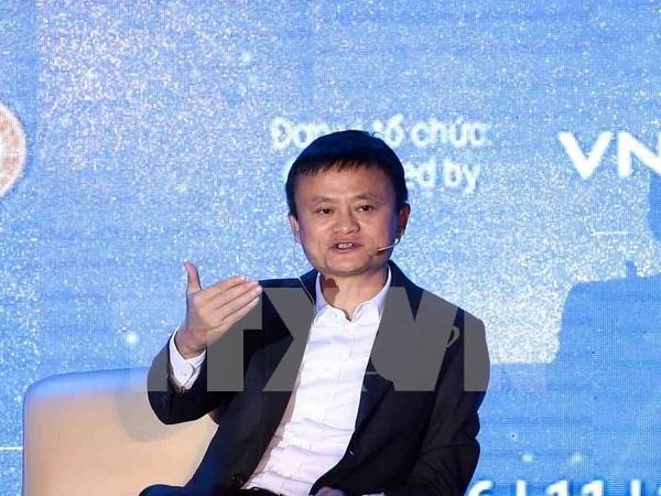 Empresario chino Jack Ma inspira a jovenes vietnamitas en actividades de emprendimiento hinh anh 1
