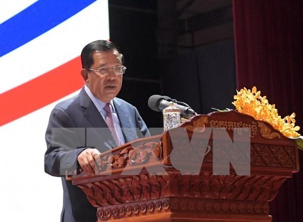 Primer ministro camboyano asistira a reunion del APEC hinh anh 1