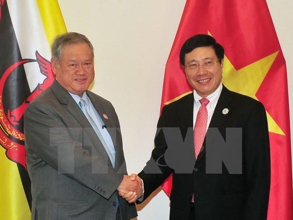 APEC 2017: Vietnam y Brunei intensifican cooperacion en diversas areas hinh anh 1