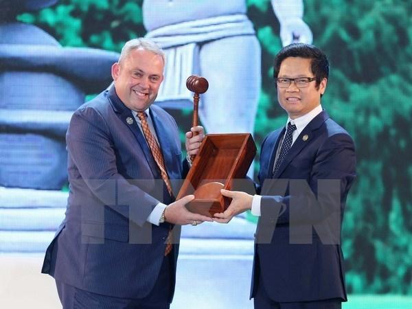 Concluye Reunion de Lideres Empresariales del APEC hinh anh 1