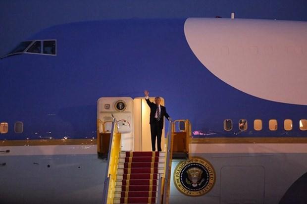Donald Trump realiza visita estatal a Vietnam hinh anh 1
