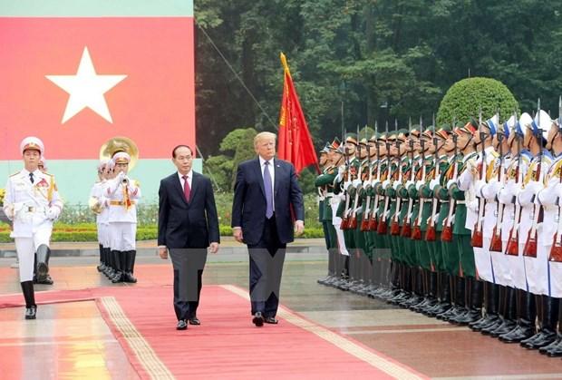 Presidente estadounidense, Donald Trump, finaliza visita a Vietnam hinh anh 1