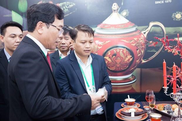 Minh Long, orgullo del arte ceramico de Vietnam, presente en Semana de alto nivel del APEC hinh anh 2