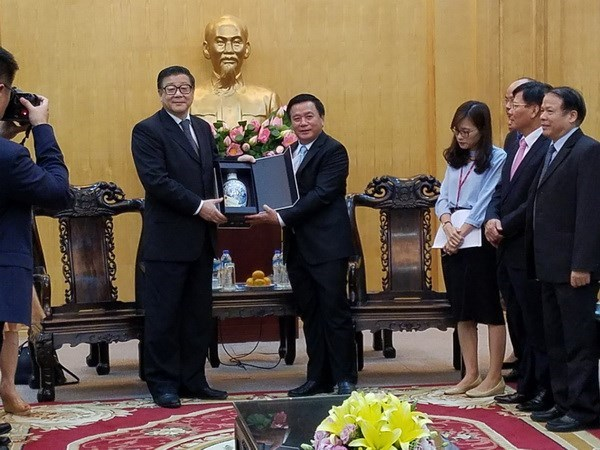 Vietnam y China fomentan intercambio en investigacion teorica y estudio del Marxismo hinh anh 1