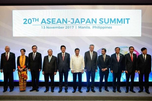 Japon llama a ASEAN a estrechar lazos por un orden libre y abierto hinh anh 1