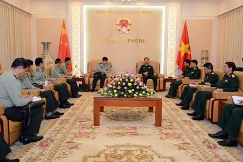 Vietnam y China impulsan cooperacion en defensa hinh anh 1