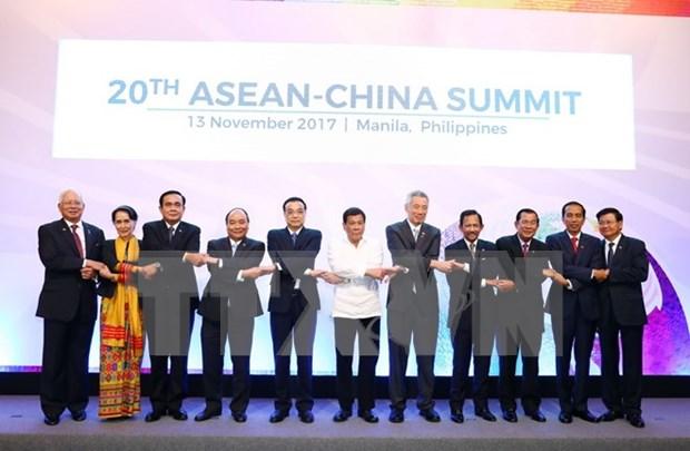ASEAN y China buscan conservar entorno en el Mar del Este hinh anh 1