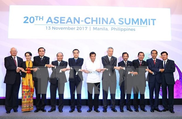 Premier vietnamita patentiza determinacion de Vietnam de contribuir a lazos entre ASEAN y contrapartes hinh anh 1