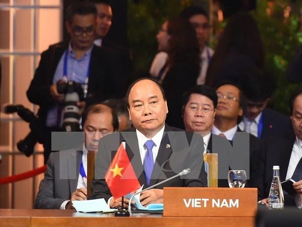 Premier vietnamita valora altamente cooperacion entre ASEAN y sus contrapartes hinh anh 1