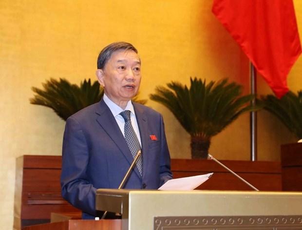 Parlamento vietnamita interpela a jefe del Tribunal Popular Supremo hinh anh 1