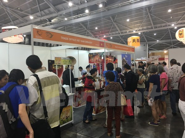 Vietnam participa en mayor Feria regional de Alimentos en Singapur hinh anh 1
