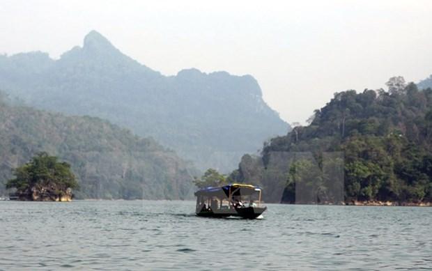 "Inician programa turistico ""Recorrido por zonas patrimoniales de Viet Bac"" hinh anh 1"