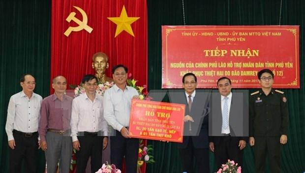 Laos asiste a localidad vietnamita en recuperacion de secuelas de tifon Damrey hinh anh 1