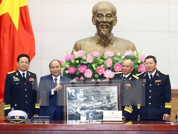 Premier vietnamita resalta proezas de heroes de ruta maritima Ho Chi Minh hinh anh 1