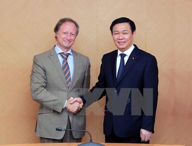 TLC Vietnam-UE debe garantizar intereses reciprocos, afirma vicepremier hinh anh 1