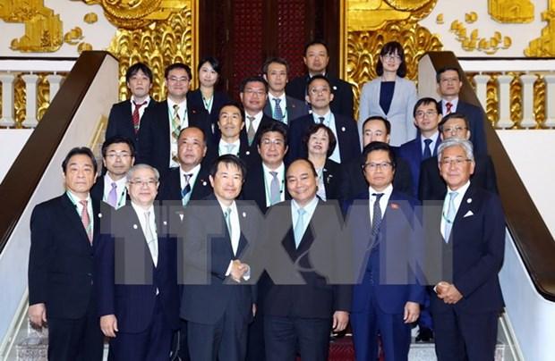 Vietnam apoya aumento de inversiones japonesas en todas las esferas, dice premier hinh anh 1